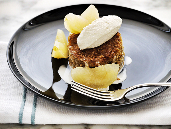 apple cake with sous-vide poached apples