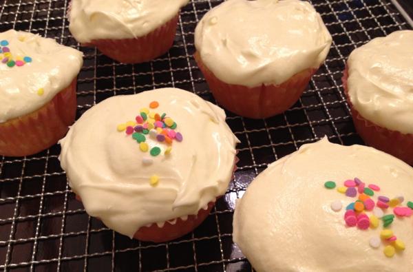 6 cupcakes edited