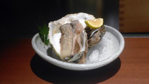 Uotoku oyster