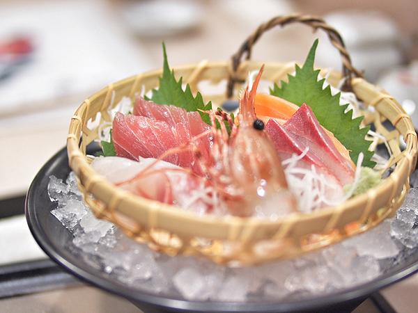 tomi-sashimi-set