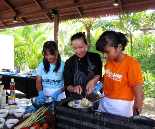 Cooking demo with Chef Renu_2