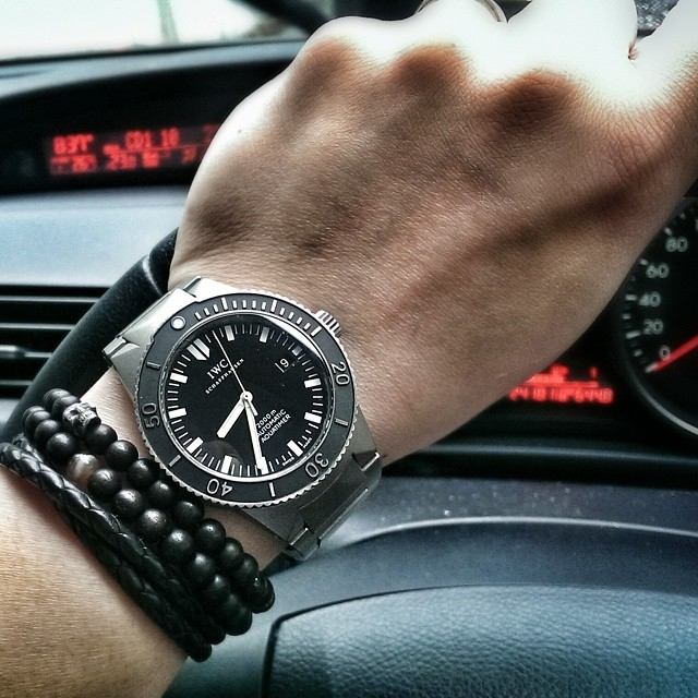 It's grey and rainy outside, so I thought the Aquatimer was an appropriate timepiece. #wristporn #watchporn #watches #iwc #aquatimer #rainyday #wotd #watchoftheday