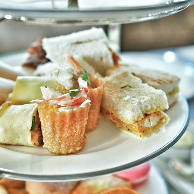 Detail of one of three tiers from the new Heritage Afternoon Tea by Shermay Lee (@shermayscookingsch) launched today at Clifford Pier at the Fullerton Bay Hotel, Singapore. Super yummy. #sgfood #foodie #foodporn #sgrestaurants #singaporerestaurants #singapore #restaurant #sgeats #foodphotography #cliffordpier #heritagefood #fullertonbayhotel