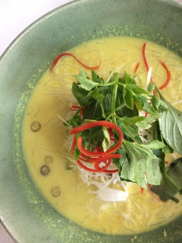 Khmer curry noodles