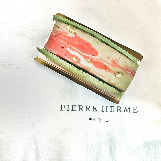 One of the best things I snacked on during this recent trip to #tokyo was this #pierreherme #missglagla pistachio and raspberry #icecreamsandwich. Purchased at the #mitsukoshi food hall. Perfect for the warm weather Tokyo is still enjoying. #japan #travel #foodie #foodporn #debachika #icecream #pickmeup #sweettooth #sweettreat #latergram