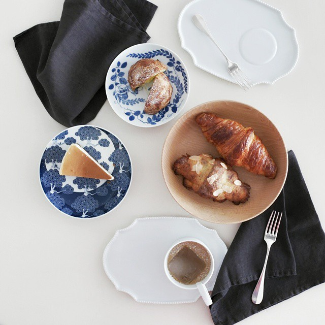 #patisserie #brekkie at home. Bought the #bakedgoods from @Pantler, a new #bakery in #telokayer. #chouxpuff, #cheesecake and #croissants. Not bad. I'd have the cheesecake again. #pantler #sgfood #foodie #foodporn #foodphotography #sgeats #foodgasm #yummy #breakfast #onthetable #whati8today #instafood #foodstagram #igsg #sundaymorning
