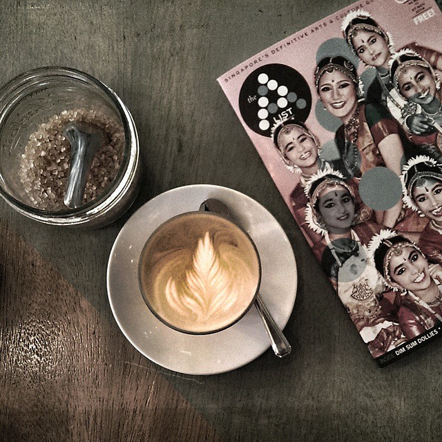 Morning #coffee with some cultural stimulus before a design meeting at #loyselstoy. I didn't even know #singapore had an #artsandculture #magazine. #foodie #sgeats #sgcafe #goodmorning #whati8today #onthetable #coffeepassion #coffeeoclock #rainyday #thealistsg @thealistsg